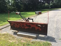 1999 7' western plow came off a Dodge Dakota but will fit on other trucks. Bolt on with pusher plate, wiring harness and controller   Warwick, 02886