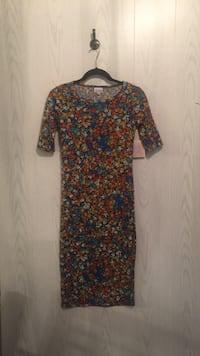 black, red, and blue floral long sleeve dress Tuscaloosa, 35405