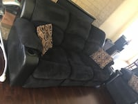 Sofa and love seat power recliners Bakersfield, 93306
