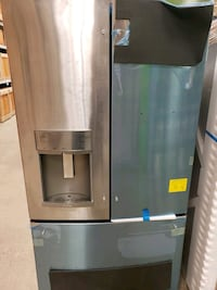 GE Profile Side by side Refrigerator/ Bottom fr Clarks Summit, 18411