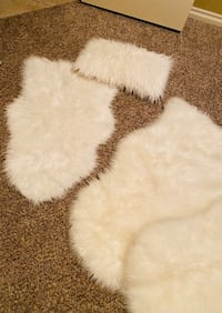 FAUX RUGS AND PILLOW
