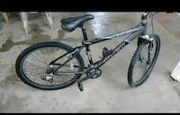 Black and Gray mountain bike  Los Angeles, 91405