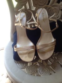 Beige strap wedding Sz 9/you can color them Middle Smithfield, 18302