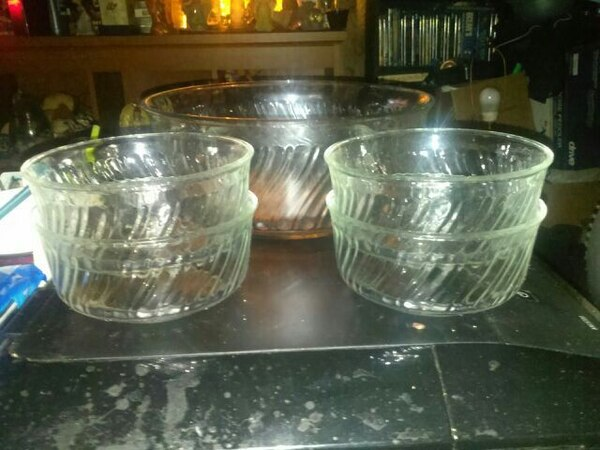 29a037276b9f Used New Glass Salad Set for sale in Wilmington - letgo