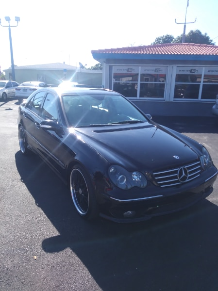 black Mercedes-Benz C-Class, used for sale  Hialeah