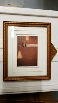 8x10 Wood Picture Frame London, N6H 3B2