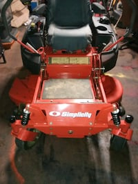 Simplicity zero turn mower no issues  Harrisonburg, 22802