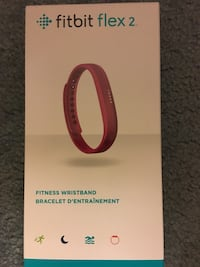 Fitbit Flex 2 - comes will all the accessories
