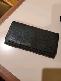 Louis Vuitton Trifold Leather Wallet Anchorage, 99518