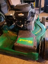 Briggs&Straton Lawnmower  Antioch, 60002