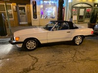 Mercedes - 560 SL convertible - 1988 Baltimore, 21230