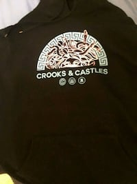 Crooks and castles sweater. Vancouver, V5S 2B2