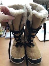 Women's Sorel Boots - Never Worn! Mississauga, L5R 3E9