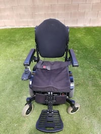 Quickie pulse 6 electric wheelchair Las Vegas, 89141