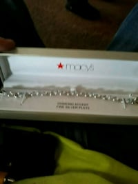 bracelet from macys never wore Muncie, 47302