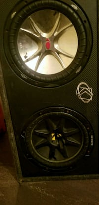 black Kicker subwoofer with enclosure 318 mi