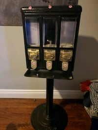 candy machine location needed Toronto