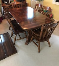 Solid wood dining table + 6 chairs + hutch excellent condition Surrey