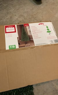 PRICE FIRM: 6 feet Artificial Wesley Pine Christmas tree. Final price. Rockville, 20850