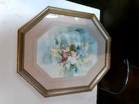 Gold octagon frame picture