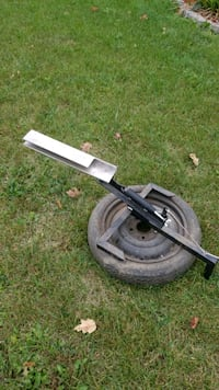 Skeet thrower mounted on tire Indianapolis, 46236