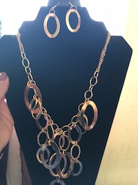 silver-colored chain necklace Montclair, 91763