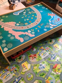 Train/Play table and train set Kitchener, N2A 0H6
