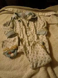 baby's white and brown footie pajama Kitchener, N2H 2X4