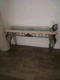 Console Table Brampton, L6R 3E3