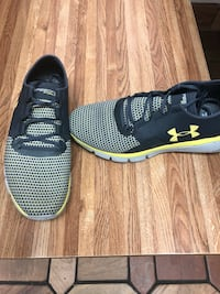 11.5 Under Armor shoes Hagerstown, 21740