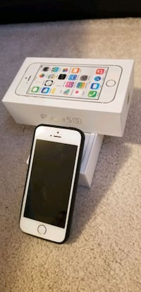 iPhone 5s 16gb 10/10 condition box & accessories