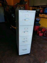 white 4-drawer filing cabinet Port St. Lucie, 34984