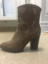 Brand New Brown Heel Booties Size 7 Toronto, M9V 1H3