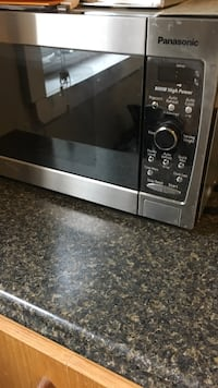 black and gray microwave oven Edmonton, T5P