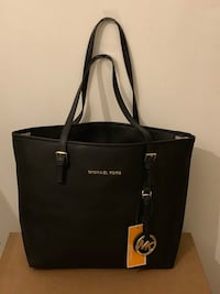 NEW BLACK HANDBAG Laurel, 20707