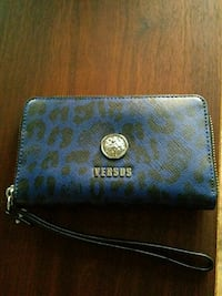 Versus blue black Animal print wallet Abbotsford, V4X 2P7