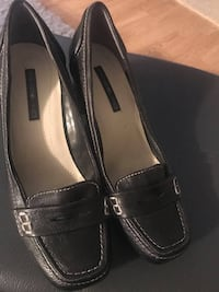 BLACK SHOES SIZE (7 1/2 ),LEATHER BLACK BANDOLINO EXCELLENT CONDITION,SMOKE FREE HOME