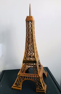 Eiffel Tower decor piece
