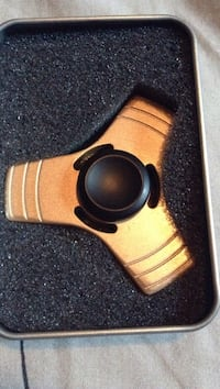 Gold and matte black fidget spinner Winnipeg, R2M 2C2