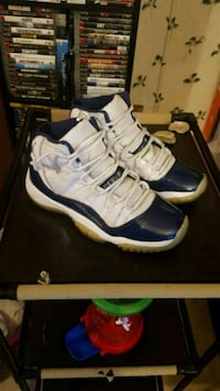 Jordan 11s blue and white size 5y  Jessup, 20794