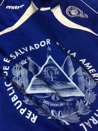 el  salvadorshirt Mc Lean, 22102