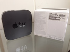 Apple TV3, fjernkontroll og boksen