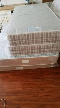 3 mattress with metal frame and box spring for sal Brampton, L6R 3E7