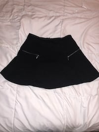 Black skater skirt with zippers  Los Angeles, 90048
