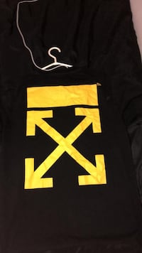 off white t shirt  Coquitlam, V3J 6N9