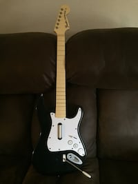 Black and white electric guitar Pierre, 57501
