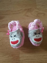 toddler's gray-and-pink primate print shoes Austin
