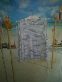 nwt vs pink camo top