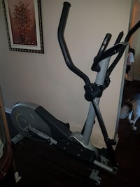 black and gray elliptical trainer Châteauguay, J6K 3T2