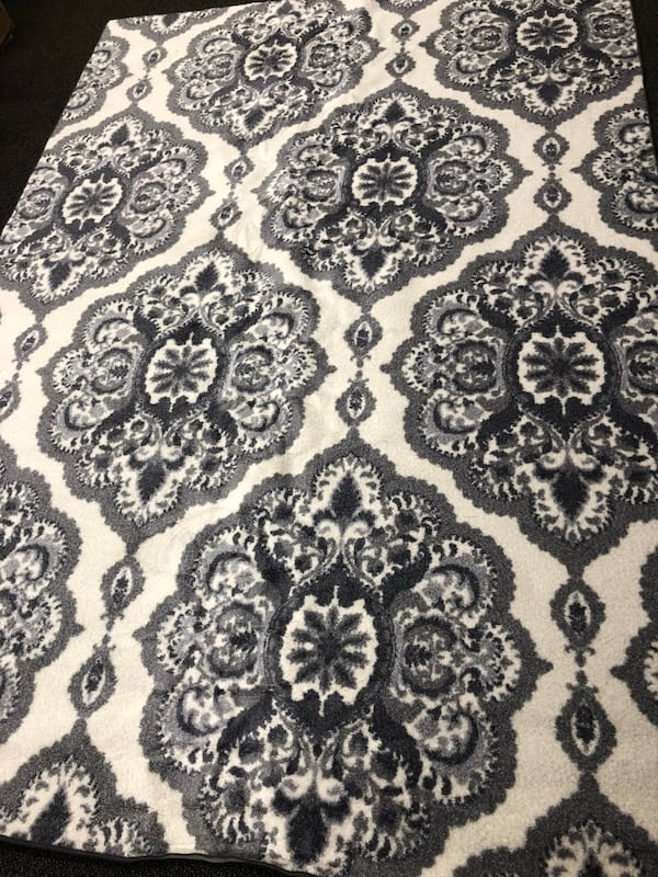 Used Maples Rugs Derby Oversized Fl